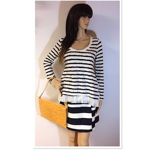 ANN TAYLOR NAVY AND WHITE STRIPED SKIRT